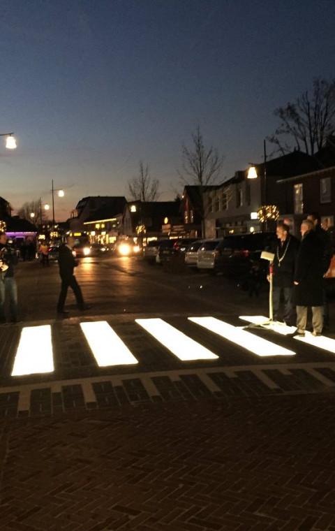 Eerste lichtgevend zebrapad  van België komt in Lokeren.